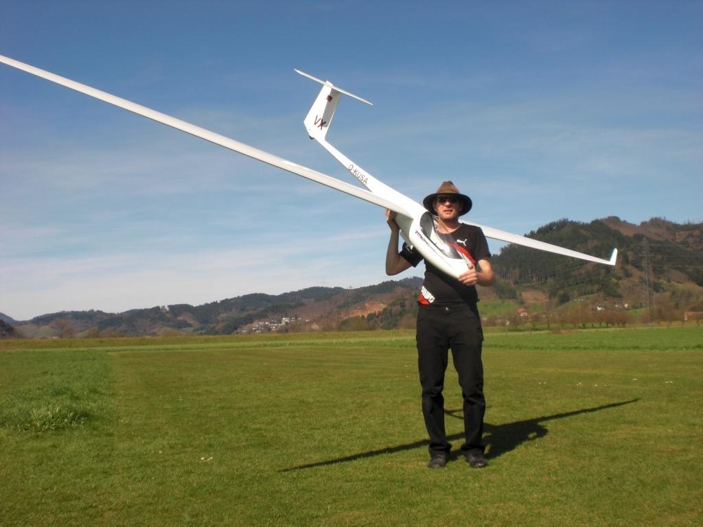 Michael vor seinem Erstflug mit der ASH31 MI