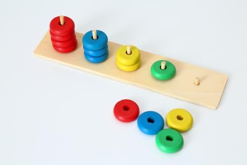 ぐりーんが発達支援を行う為に使用するトレーニング玩具