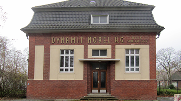 Dynamit Nobel AG, Leverkusten