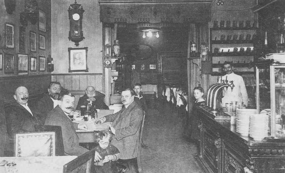 Wirtshaus Albert Grinsch Berlin 1917 - Bogensäule Neusilber