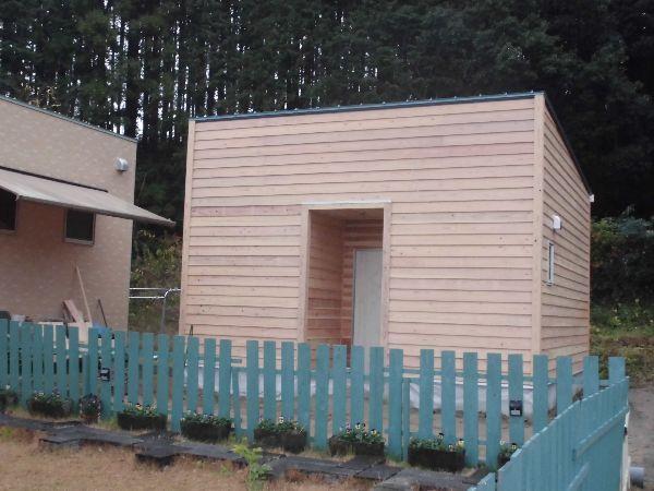 木の温もりがある平屋趣味の部屋