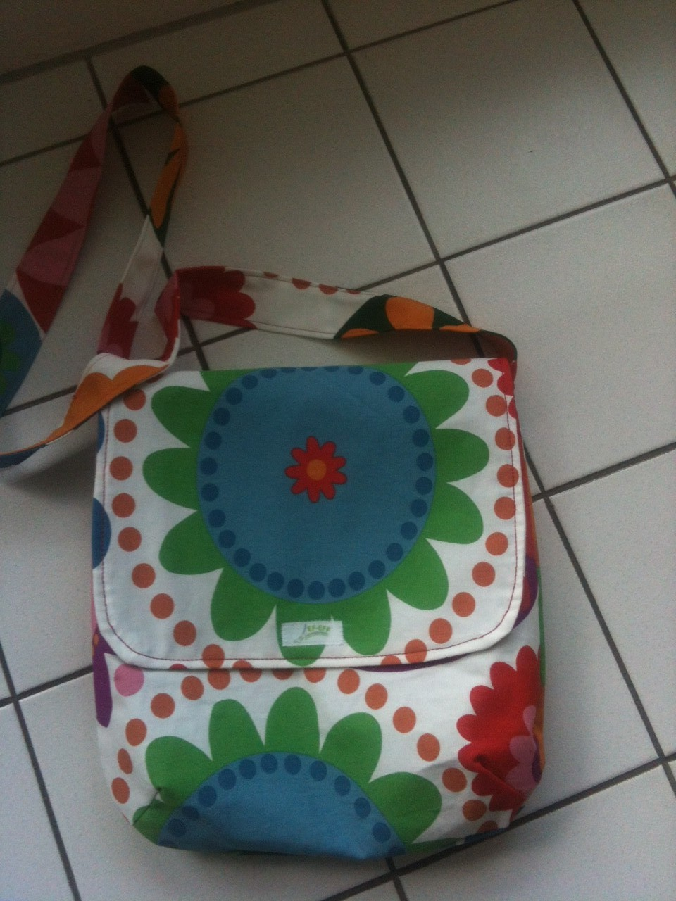 """FLAP BAG"" Pril Flowers"