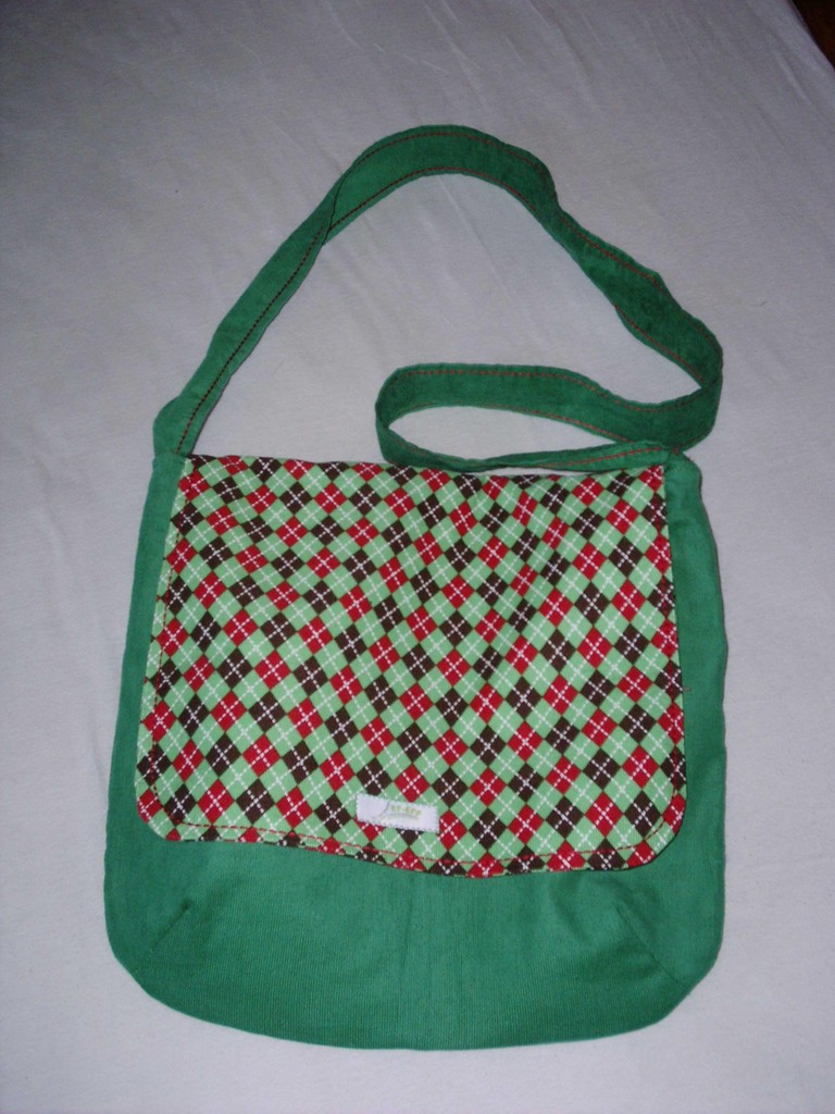 """FLAP BAG"" SQUARE N GREEN"