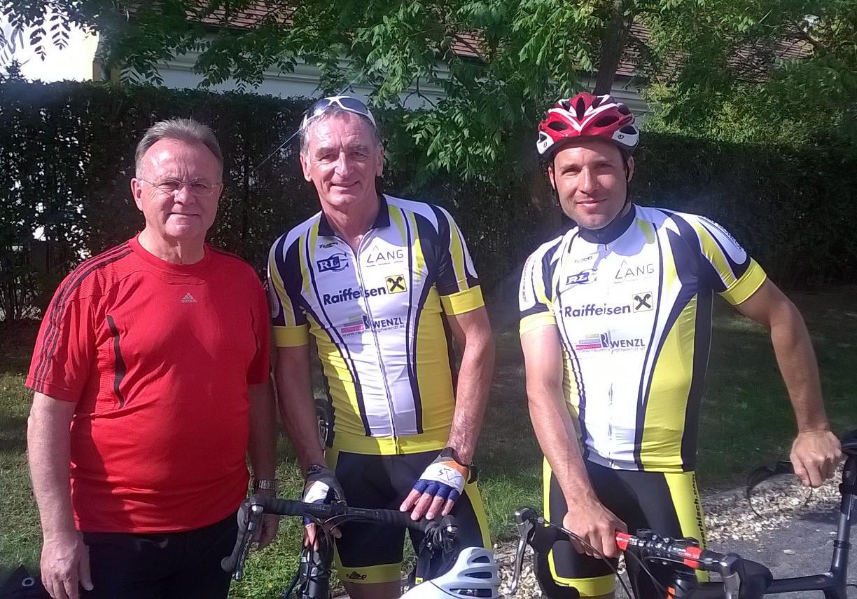 Landeshauptmann Hans Niessl, Heinz Rössler und Michael Bacher beim Start  der Österreich-Rundfahrt