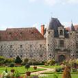 SAINT GERMAIN DE LIVET - Le chateau - 45 km