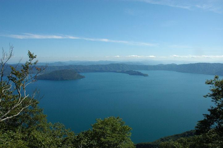 十和田湖(発荷峠より)