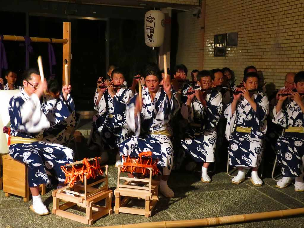 祇園囃子を奏でる♪コンチキチン♪♪