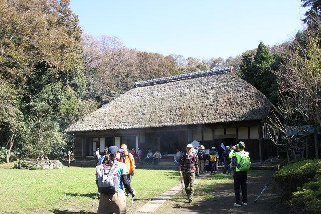 藤沢の里山 新林公園の古民家を見学