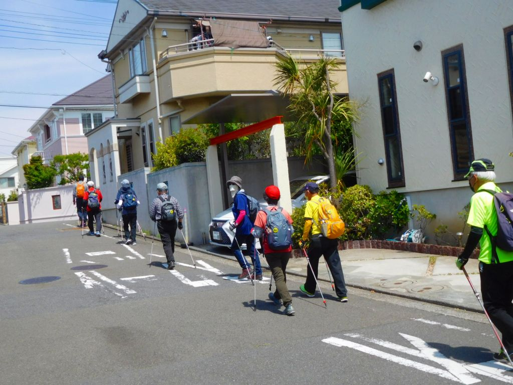 プロレスラー武藤選手の自宅付近を歩いてます