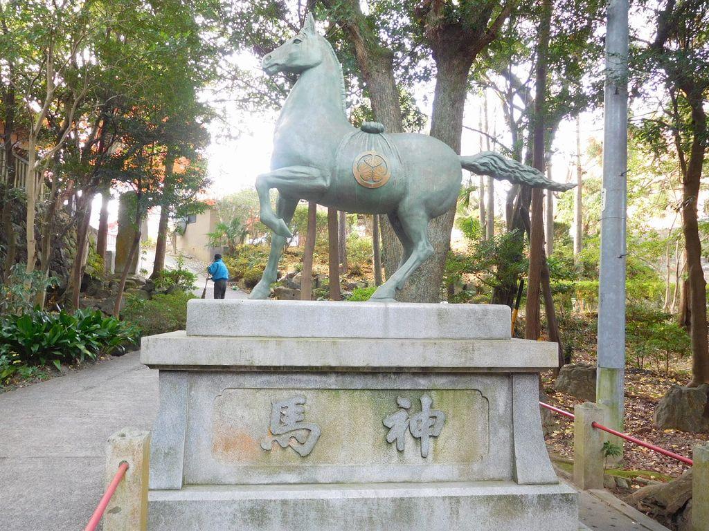徳川紋の馬神