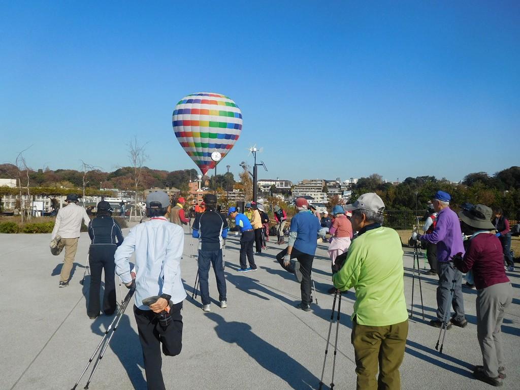 丁度 熱気球の体験会を実施していました