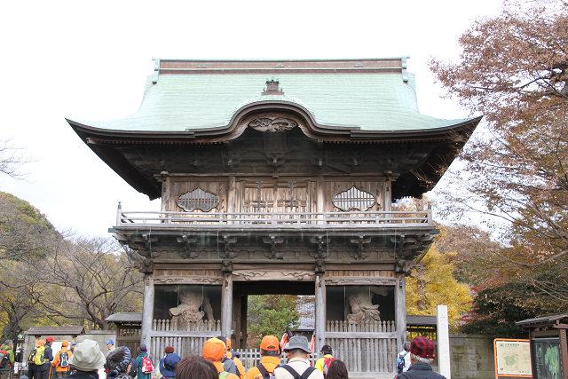 称名寺 仁王門と金剛力士像がお出迎え