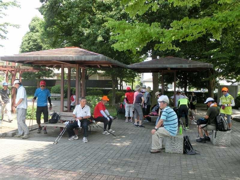 泉公園で休憩 水分補給・糖分補給もバッチリ