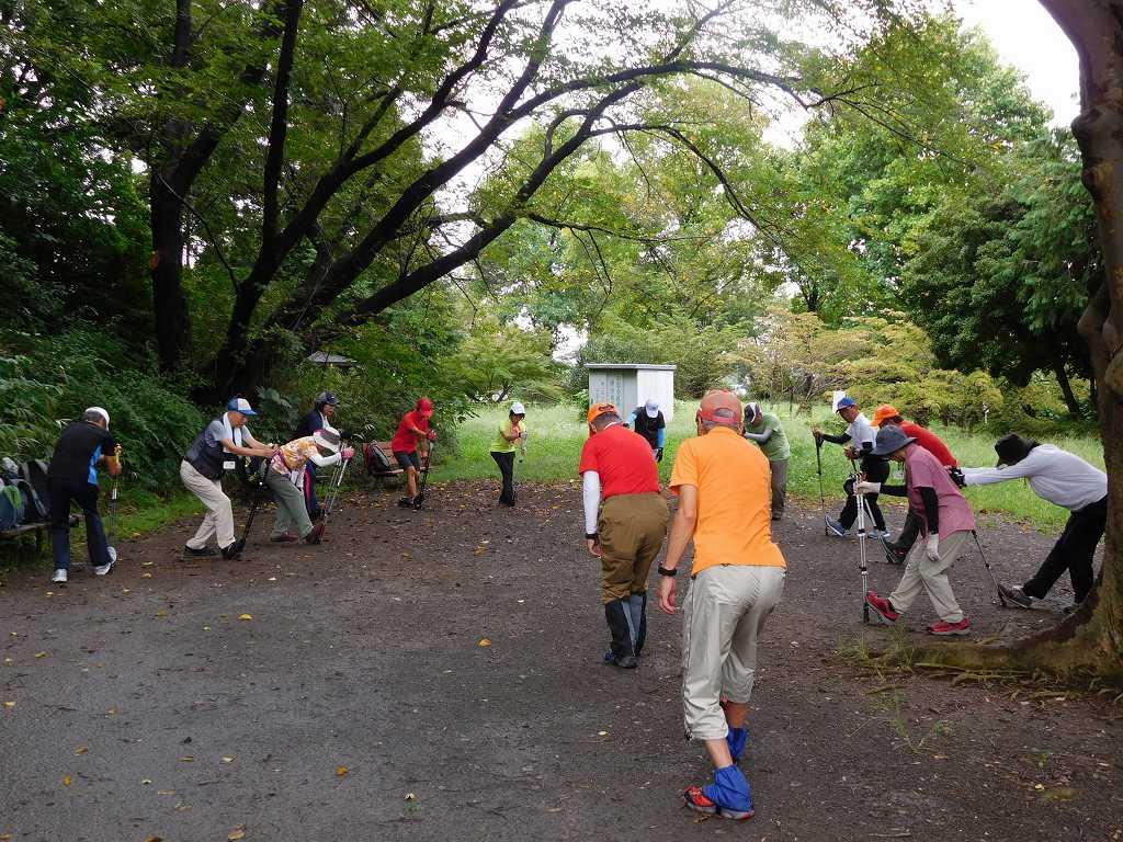 市が尾町公園でクールダウン「雨が上がって 良かった」の声