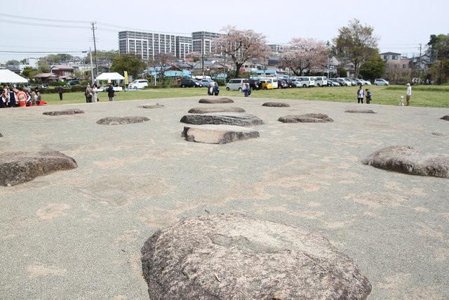 相模国分寺の礎石