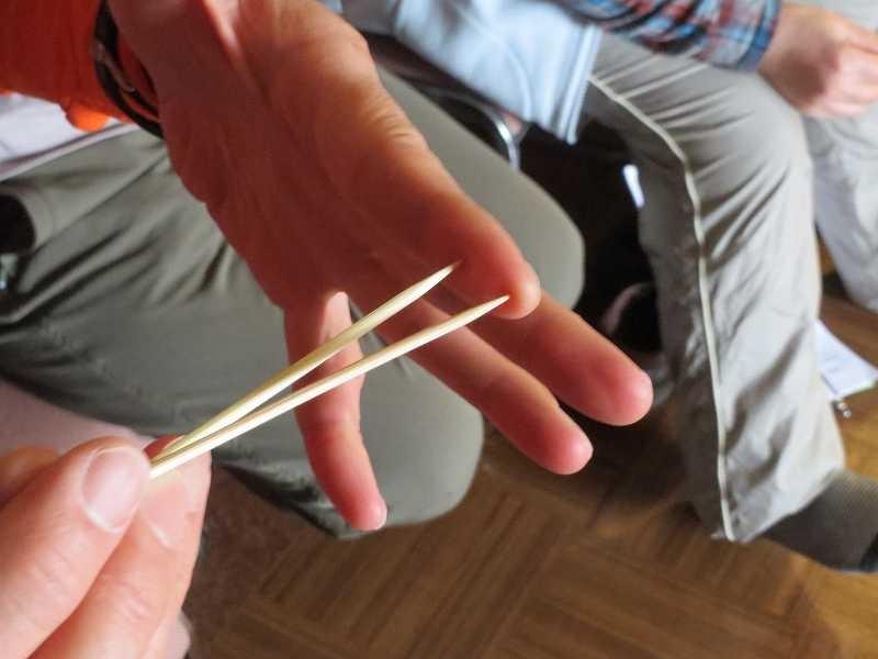 指先の感覚体験 (2mm以下)