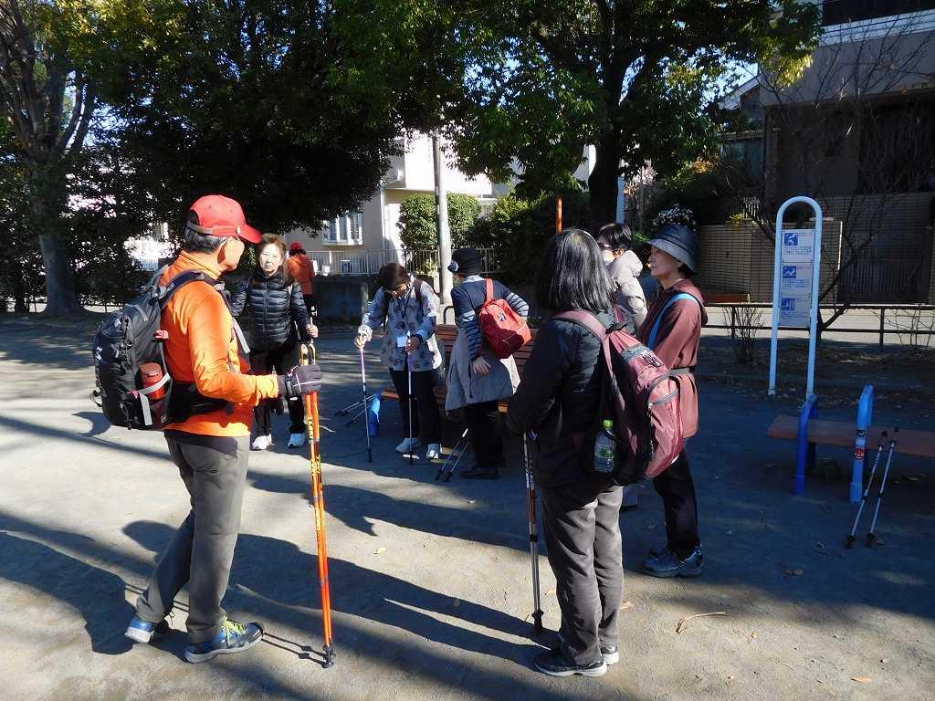 泉田向公園で体験組の休憩
