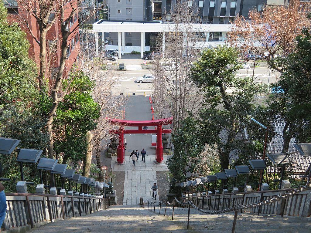 真垣平九郎が馬で登った出世階段