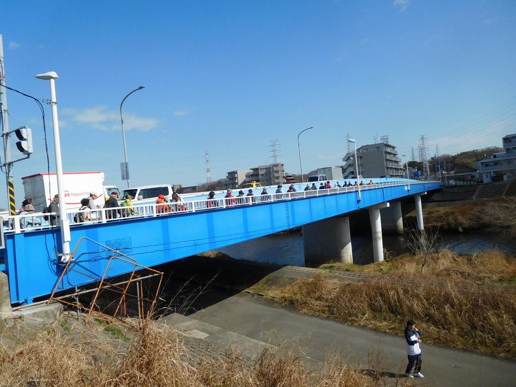 新羽橋を渡る 龍松院ももう近くです