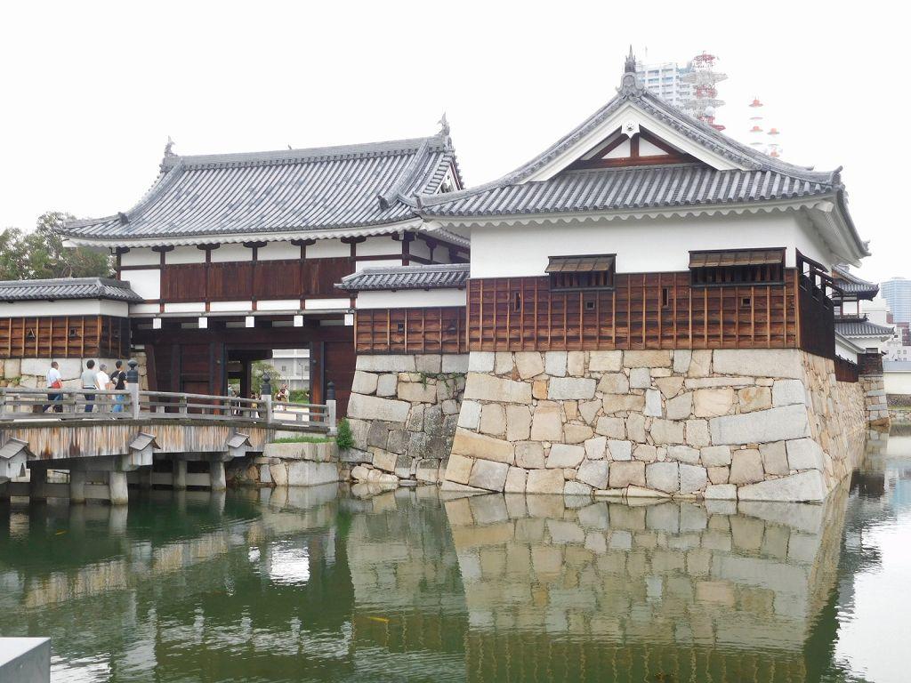 広島城入場門