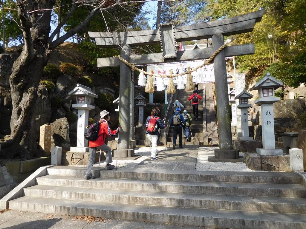 師岡熊野神社に到着