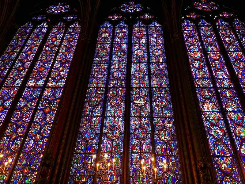サントシャペル教会のステンドグラス