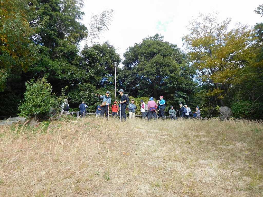 折田不動公園頂上での景観を楽しむ