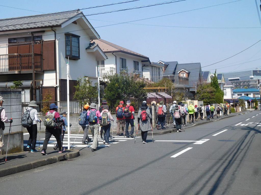 見花山住宅地を歩く