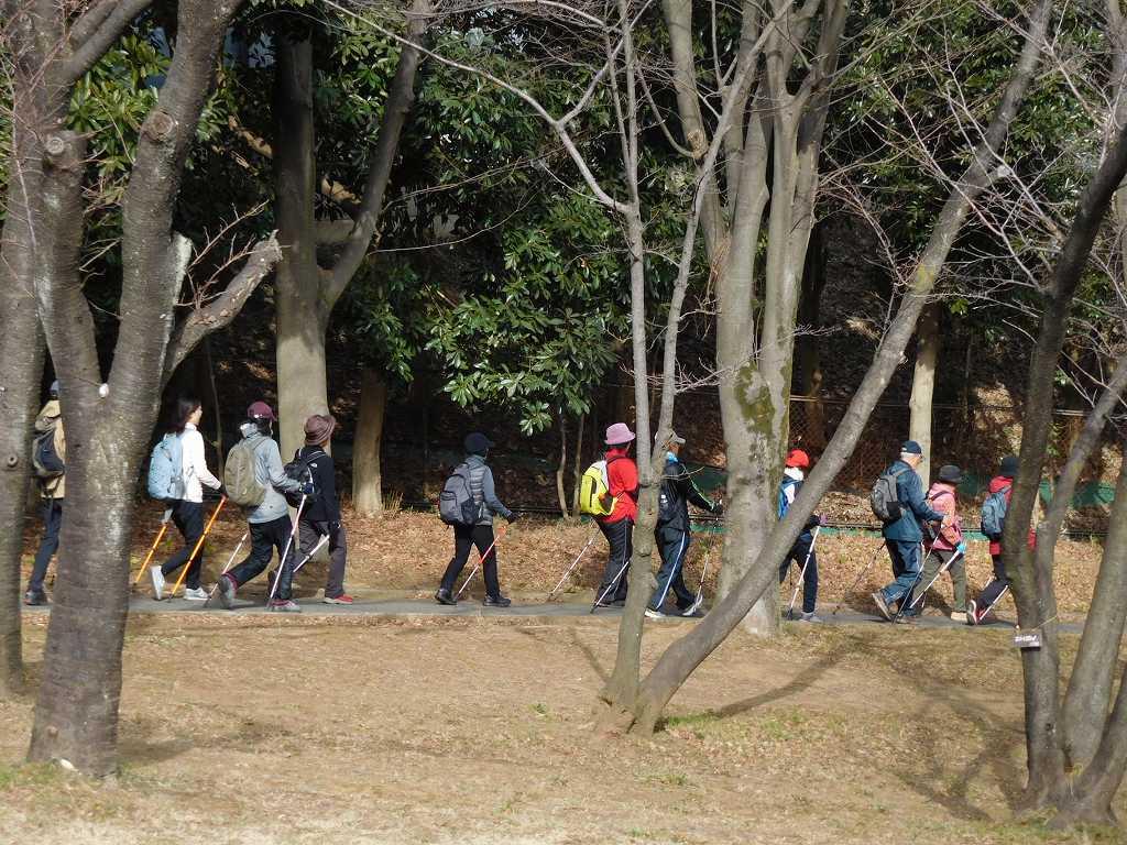 荏田猿田公園で服装調整を行ない再スタート