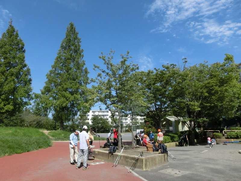 初めての「すすきの公園」で水分・糖分補給・トイレ休憩