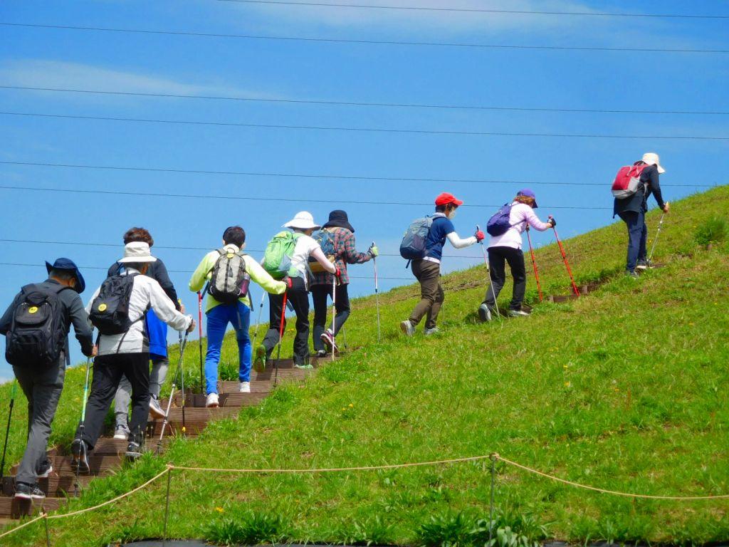 川和富士頂上へ登二班