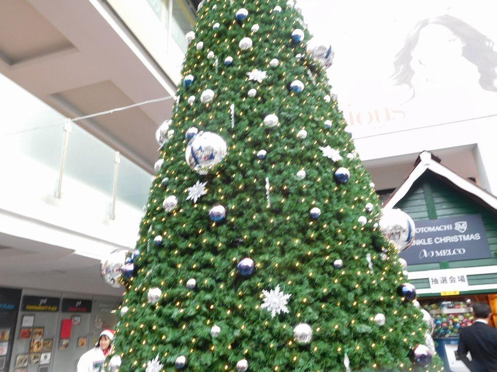 元町もクリスマス一色