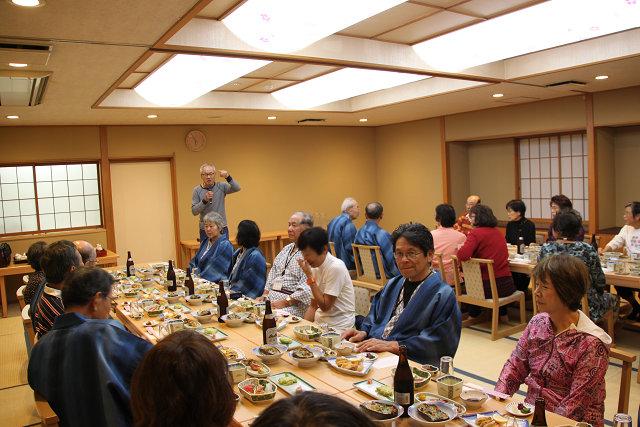 Aさんの司会で夕食会の始まり