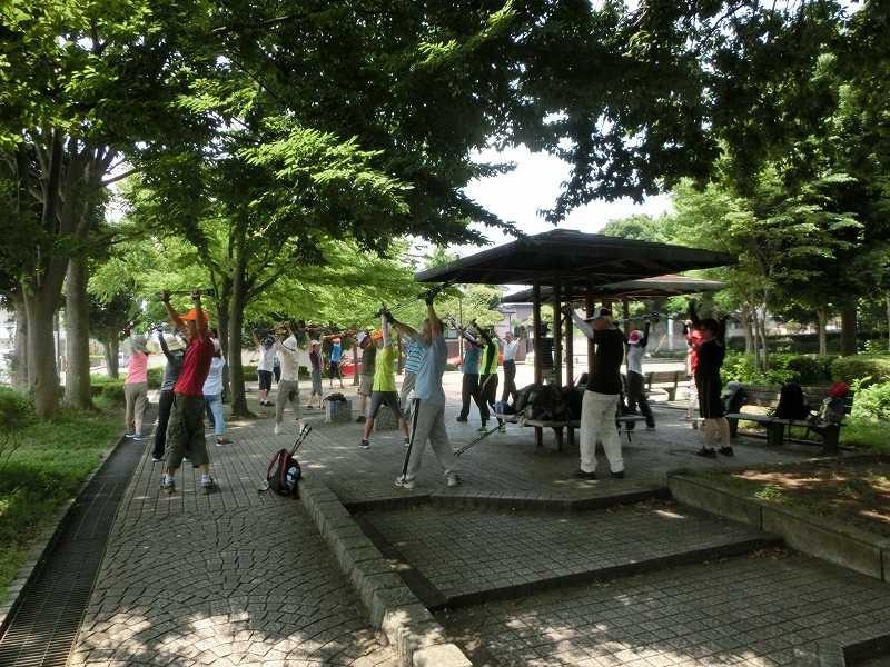 ここは日蔭も多いので泉公園で初めてのクールダウン実施