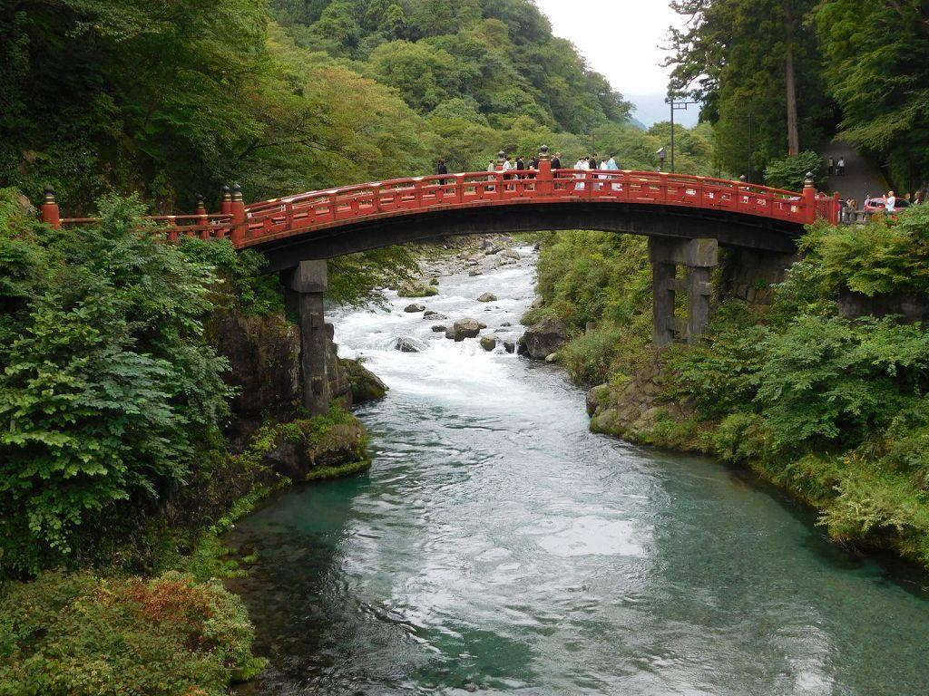 聖地日光の表玄関大谷河をまたぐ新橋(シンキョウ) 日本三大奇橋の一つとも言われる