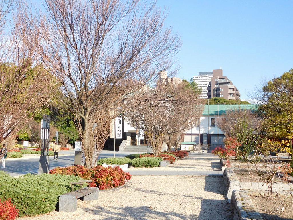 徳川美術館入口