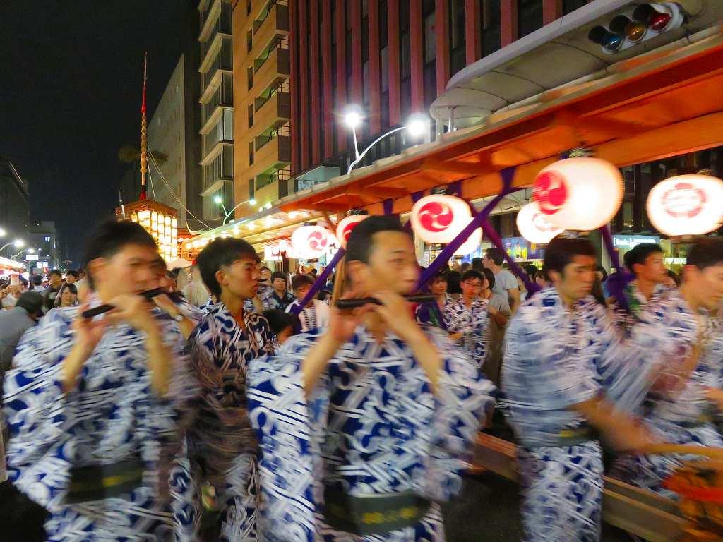 祇園囃子♪コンコンチキチン♪♪