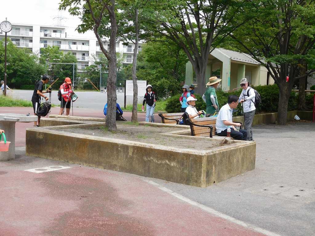 すすきの公園での水分・糖分補給