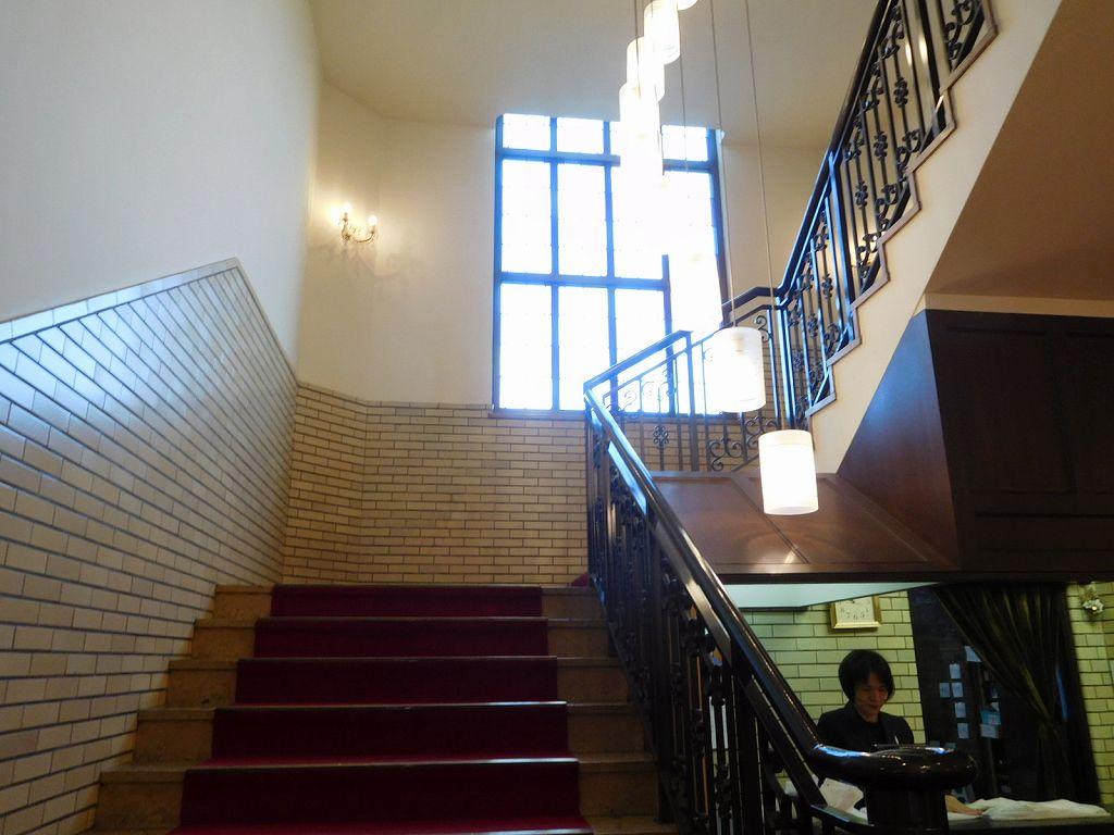 司法界の社交場の法務会館