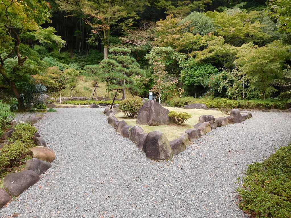 湯河原美術館の御庭