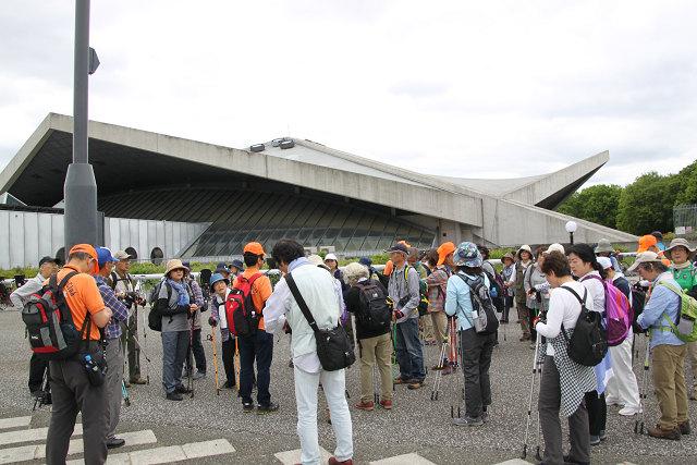 駒沢オリンピック公園 昼食解散前に集合時間の確認・確認