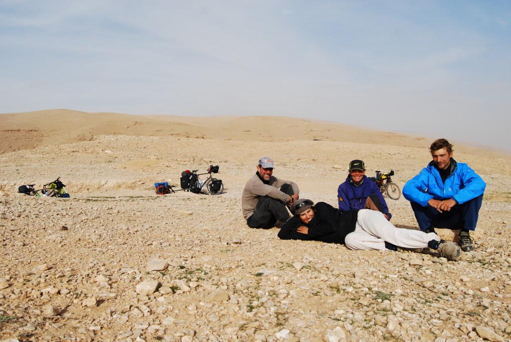 Une petite pause sur la route vers Deir Mar Musa