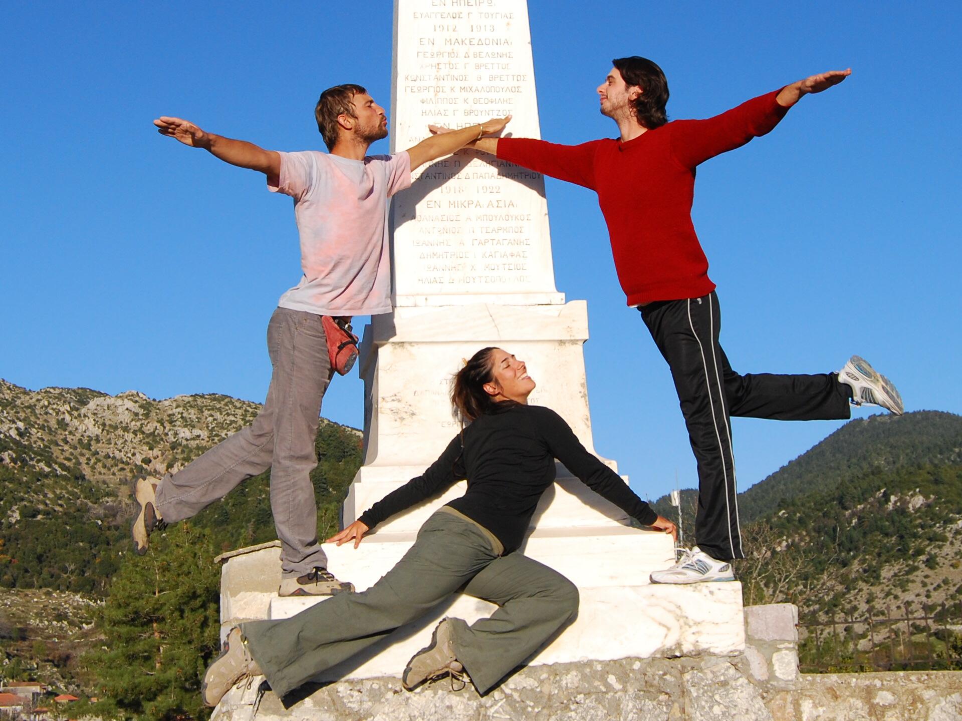 Davide, Laetitia & Alex            (notre couchsurfer à Tripoli)