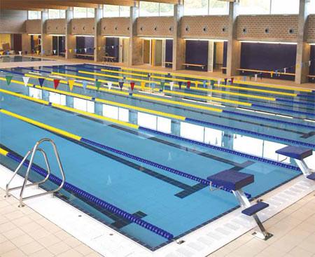 спортивные сборы в испании, тренировочные сборы в испании, спортивный комплекс в жироне, олимпийский бассейн в Розес