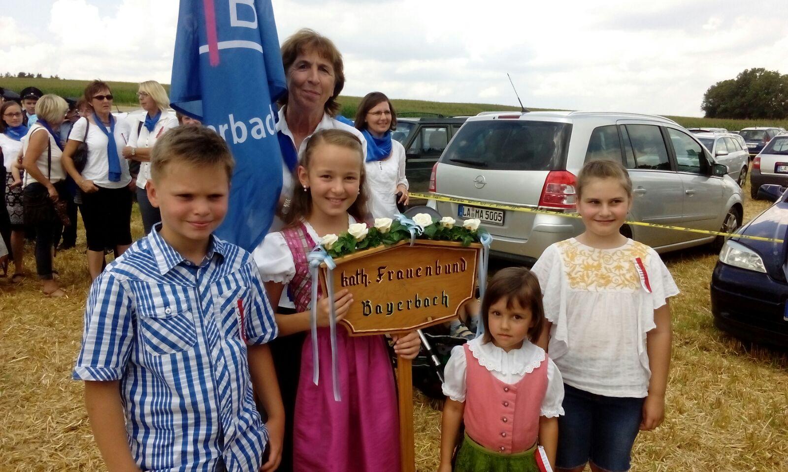 Fahnenweihe in Hölskofen Juli 2016