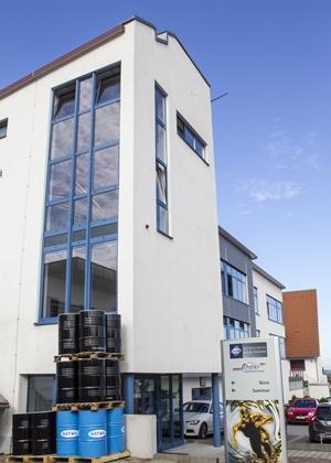 """Neues Verwaltungsgebäude mit """"Schüler Tower"""" 2010"""