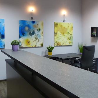 AVIUM Büro im 1A-Center