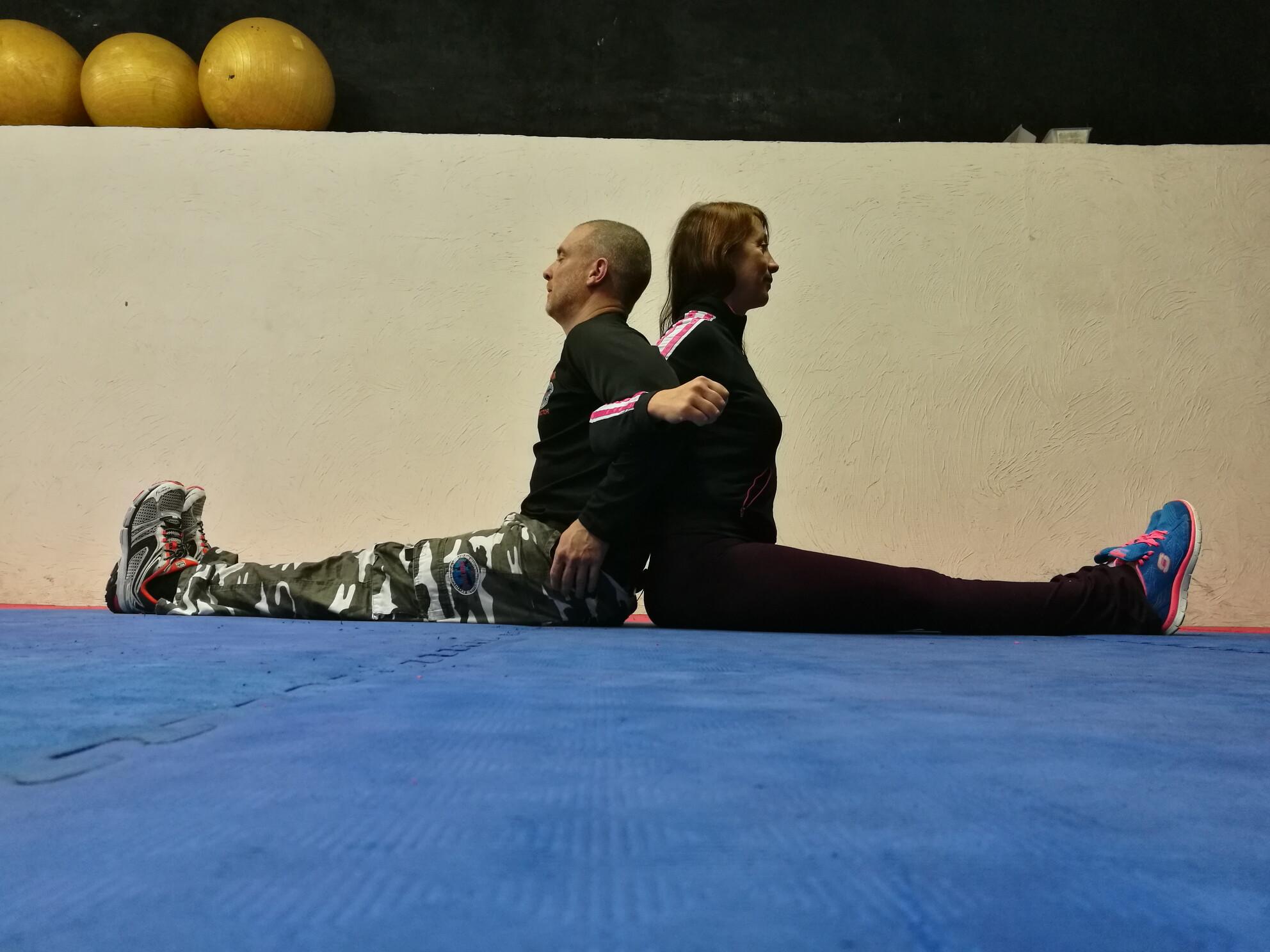 travail d'équipe / partner Yoga