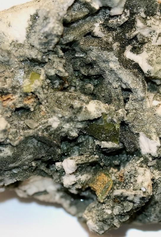 Titanit auf Periklin