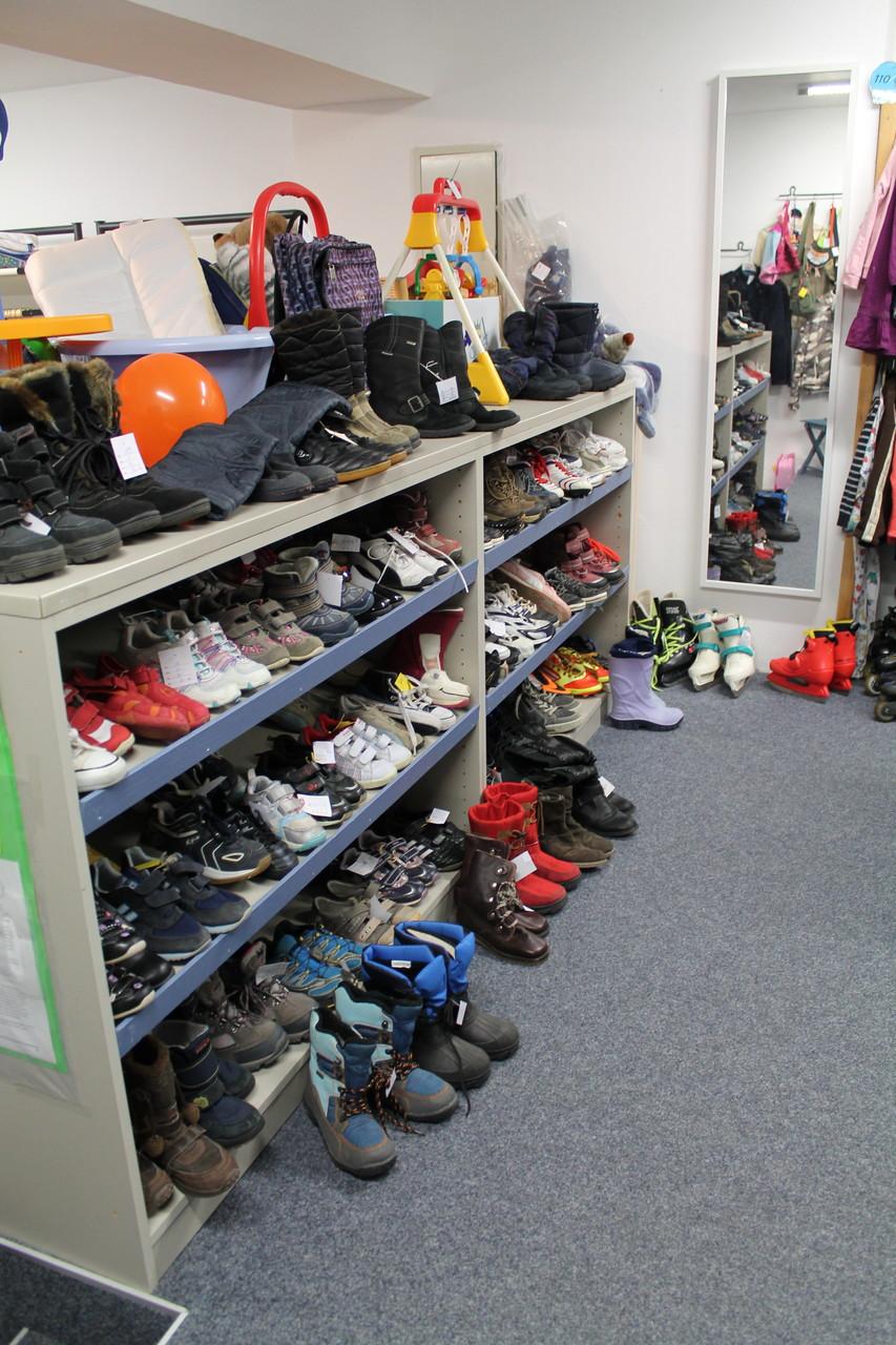 ... viele Schuhgrößen und Schuhvarianten